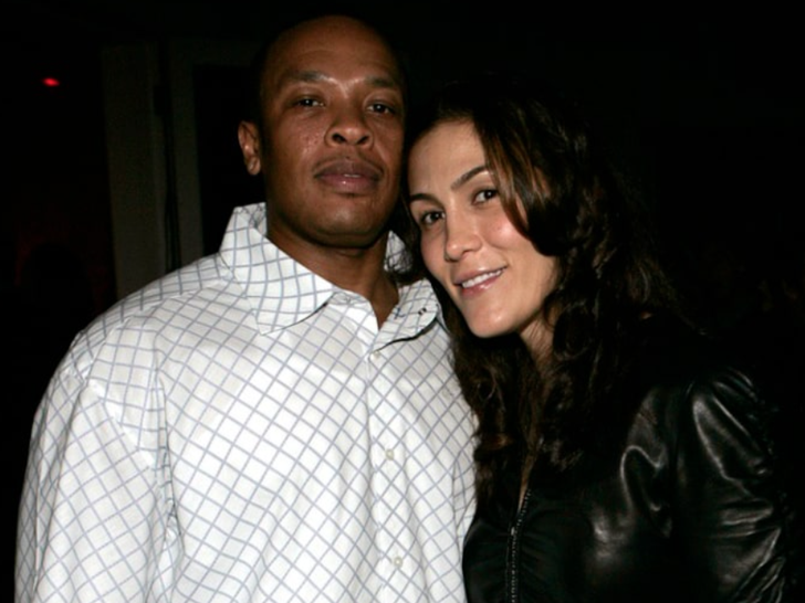 Dr. Dre and Nicole Young -- Happier Times