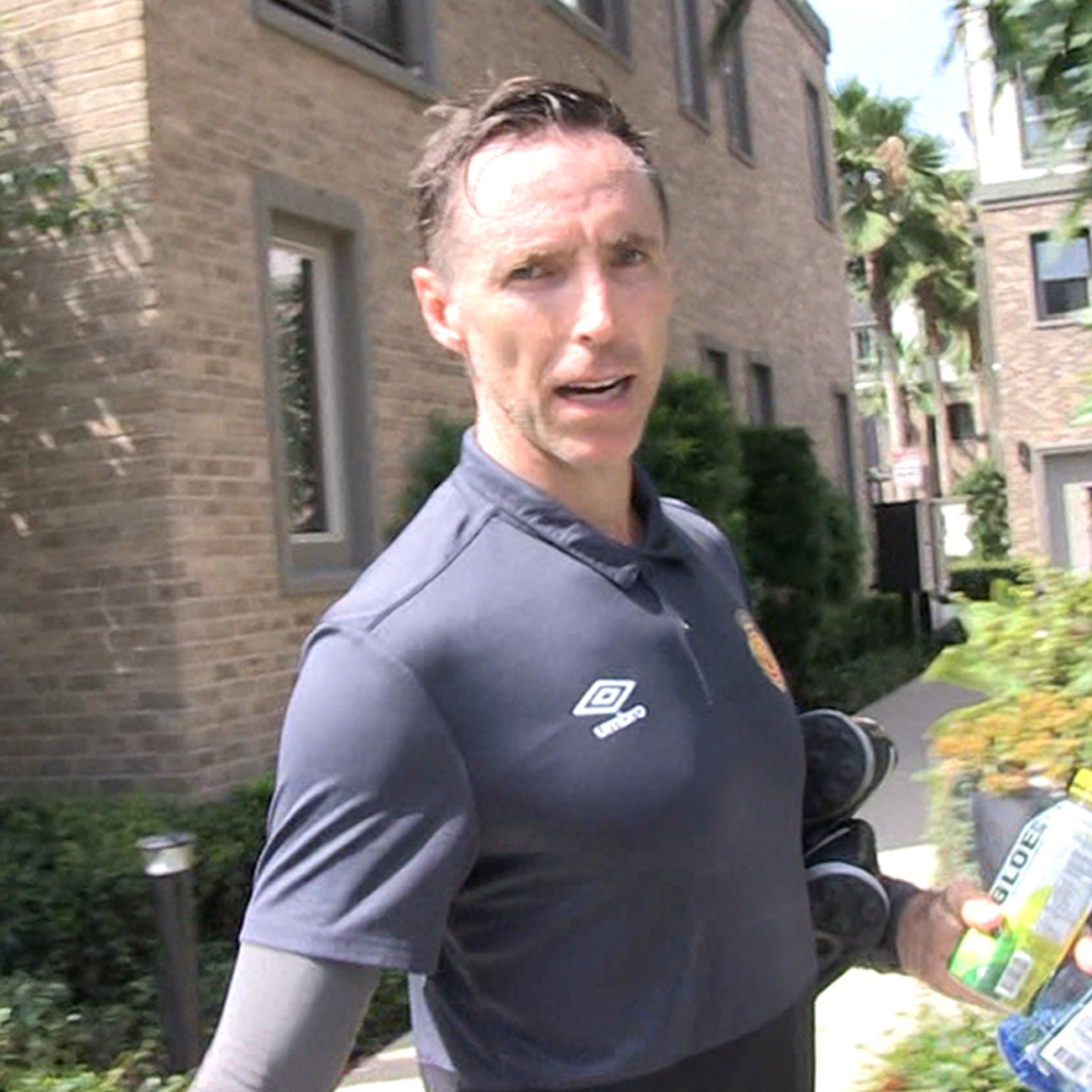 Steve Nash Gives Pump-Up Speech to DeMarcus Cousins, 'Don't Give Up!!!'