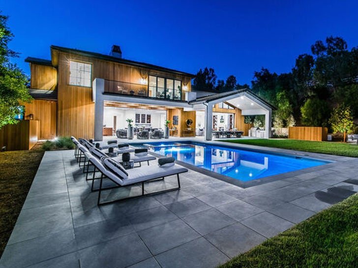 Lori Loughlin and Mossimo Giannulli's New House