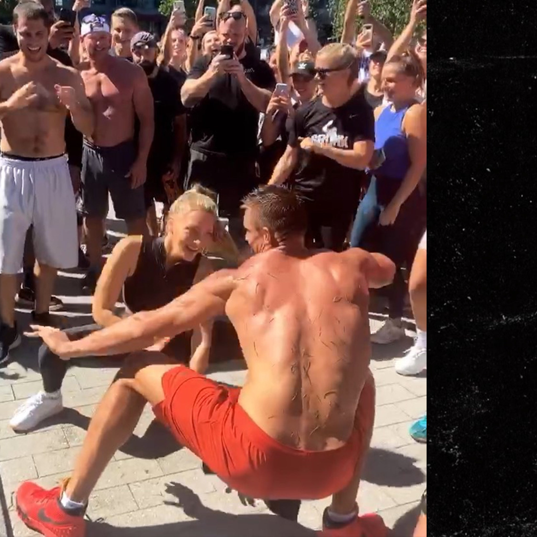 Rob Gronkowski and Camille Kostek Booty Shake to Stay Busy on NFL Sunday