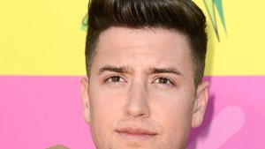 'Big Time Rush' Star Logan Henderson -- BACK ON THE ROAD ... After Scary Motorcycle Wreck