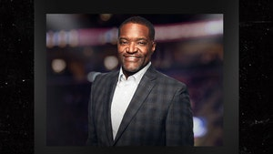 NBA TV's Sekou Smith Dead at 48 After COVID Battle