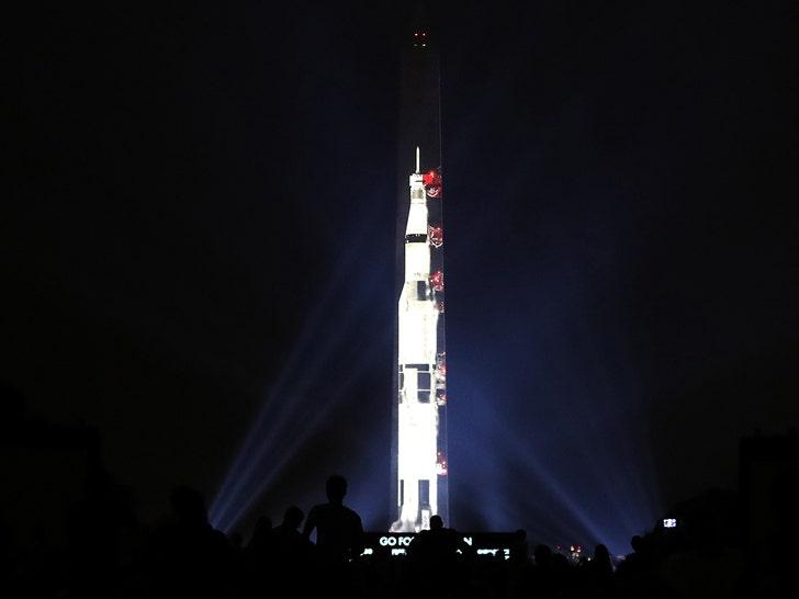 apollo 11 space mission washington monument - photo #9