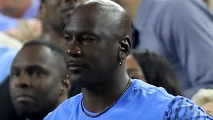 Michael Jordan Dangled As Bait in Alleged Auction Ripoff