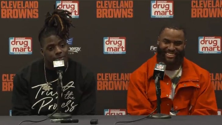 Browns Breakout Star D'Ernest Johnson Freaks Out Over LeBron Shout-Out.jpg