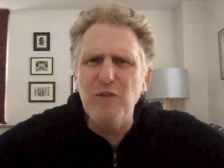 Michael Rapaport Begs Floyd Mayweather, Please 'Beat The S*** Out Of' Logan Paul!.jpg