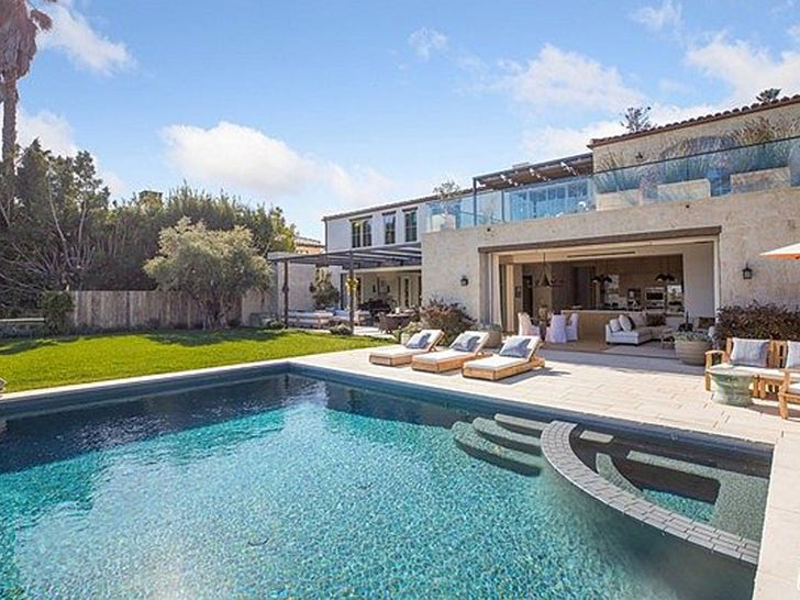 Michelle Pfeiffer & David E. Kelley Sell Pacific Palisades Mansion