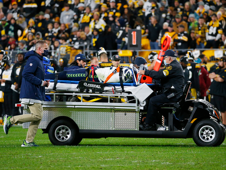 Seahawks' Darrell Taylor Has Full Movement After Being Stretchered Off Field.jpg