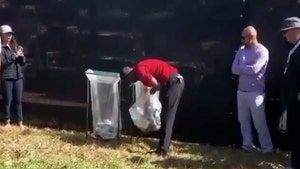 Tiger Woods Fished Golf Ball Out Of Garbage After Miserable Tee Shot