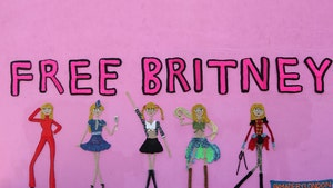 Britney Spears Yarn Art Display Supports #FreeBritney Movement