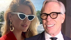 Tommy Hilfiger Wants Kate Upton to Model for Him During Pregnancy