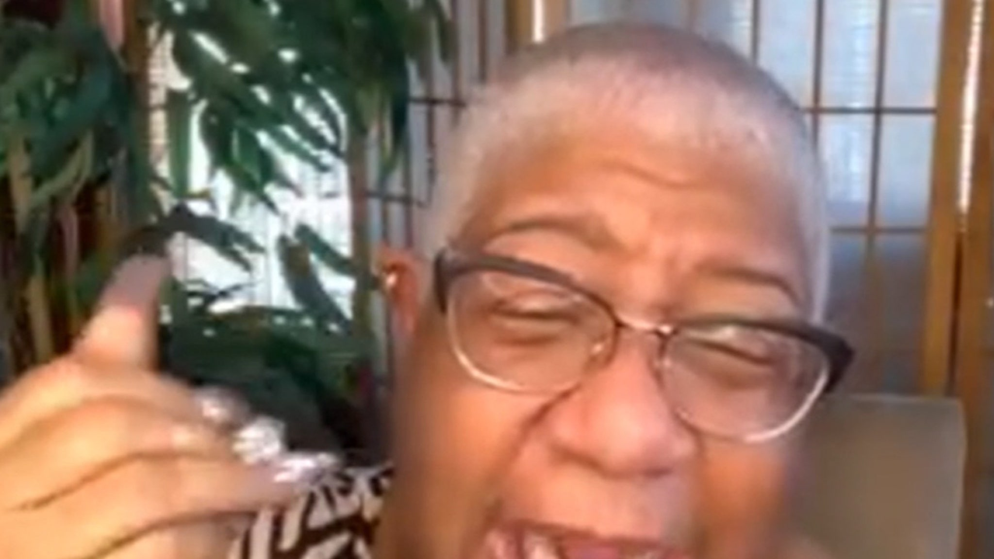 Luenell Lets Daughter Live with Her Again After Coronavirus Fears