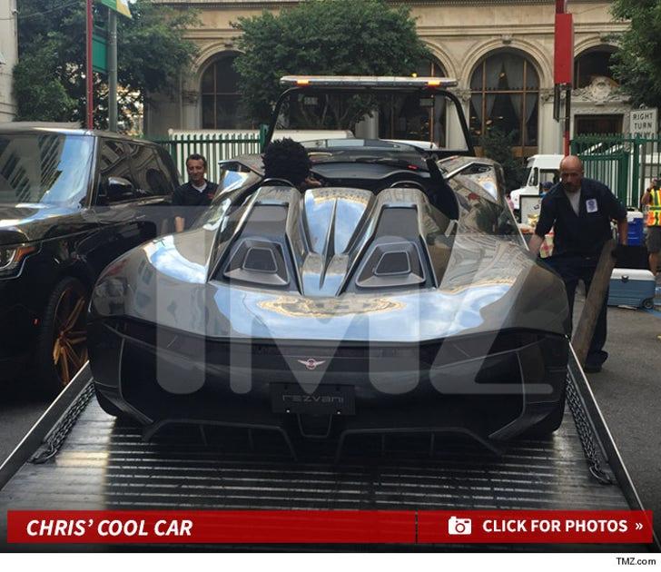 Chris Brown -- Lands Brand New Car