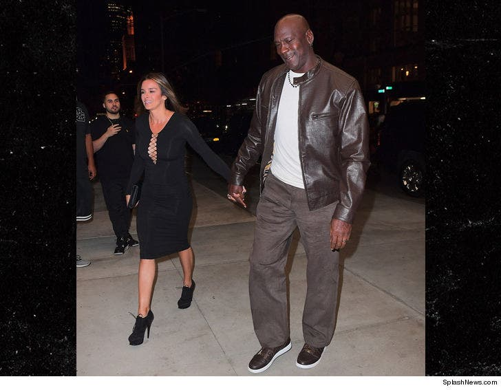 official photos a6271 a3219 Michael Jordan Takes Hot Wife to Dinner In Rare $400 Air Jordans