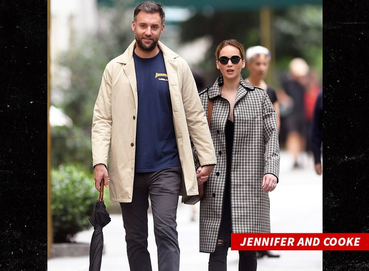 Jennifer Lawrence Getting Married This Weekend Menu S Over