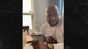 Lamar Odom Signs Celebrity Boxing Deal, Fighting In June!!!