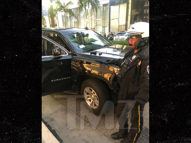 ДаБаби арестован на Родео-драйв после того, как полицейские нашли пистолет в машине