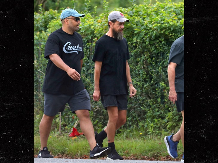 Jay Z Hangs Out With Twitter Ceo Jack Dorsey In The Hamptons