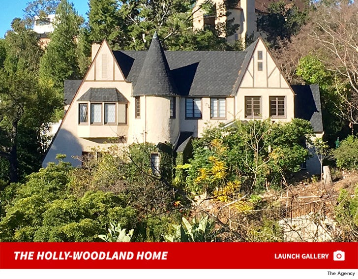 Holly Madison's Hollywoodland Home for Rent