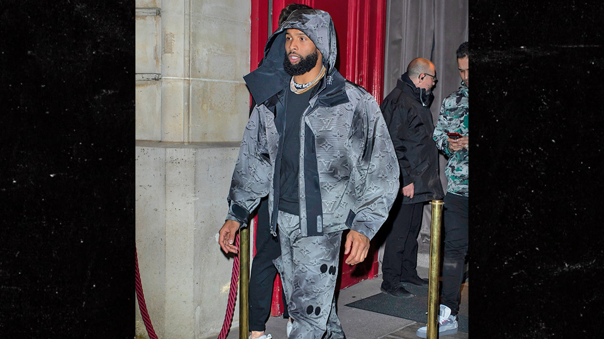Odell Beckham Decked Out In $7,000 Louis Vuitton Fit At Paris Fashion Week