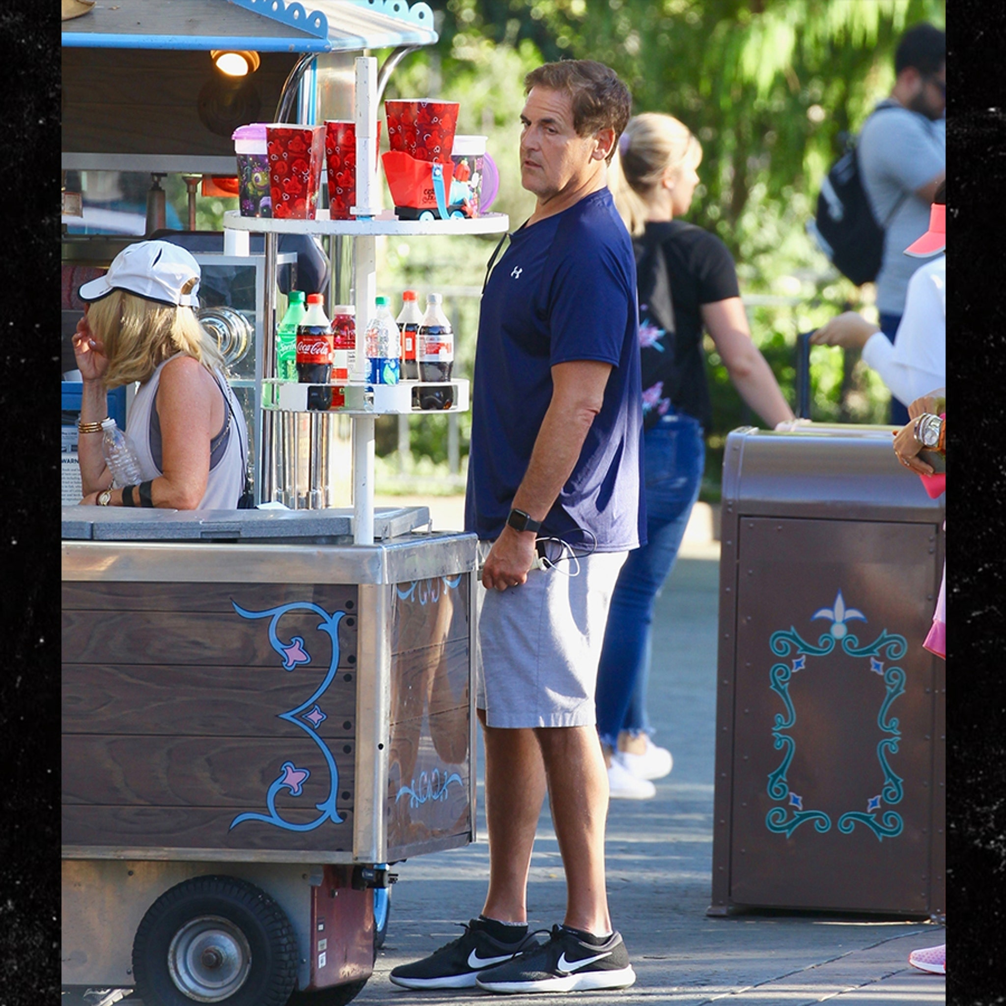 Mark Cuban Takes Healthy Route on Trip at Disneyland