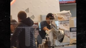 Jersey Mike's Employees at LAX Not Covering Faces