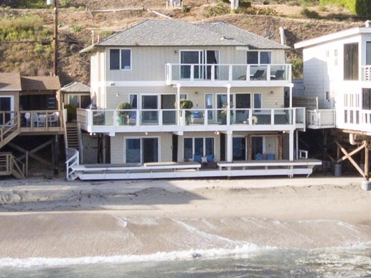 Jennifer Lopez and Alex Rodriguez List Malibu Beach Pad
