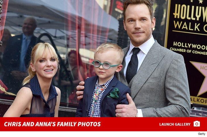 Anna Faris and Chris Pratt -- Family Photos