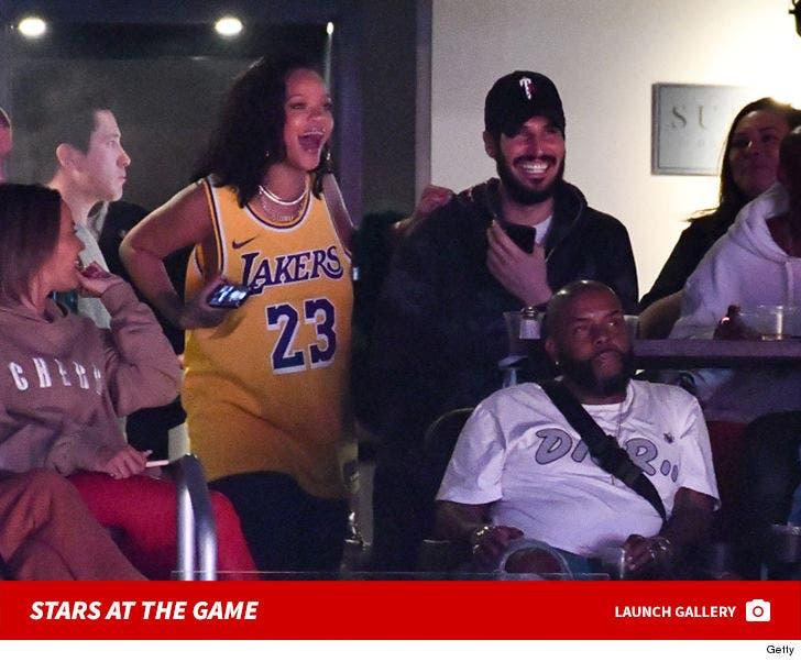 Lakers vs. Rockets -- Famous Fans
