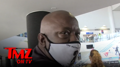 Bobby Brown Says Remake of Whitney Houston's 'Bodyguard' is a Bad Move | TMZ TV.jpg