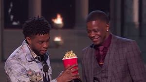 'Black Panther' Star Chadwick Boseman Hands MTV Award to Waffle House Hero