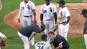 White Sox Star Eloy Jimenez Injured Celebrating No-Hitter, Crumpled On Diamond