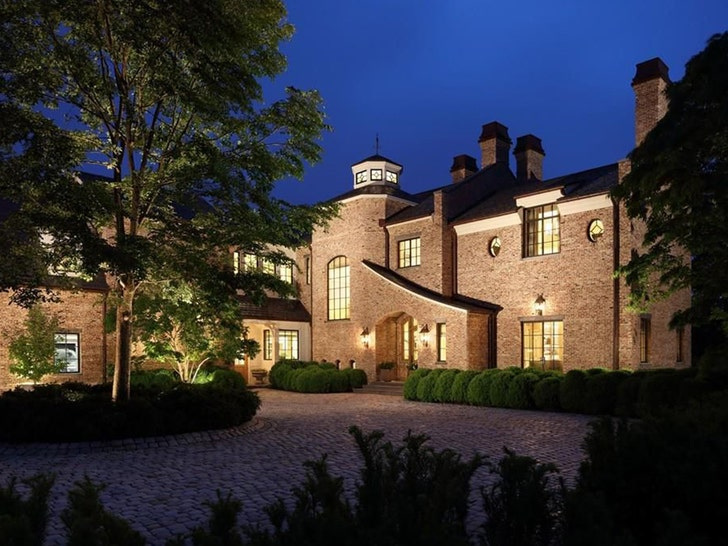 info for 47098 021b7 Tom Brady Puts $40 MIL, Boston-Area Mansion Up For Sale ...
