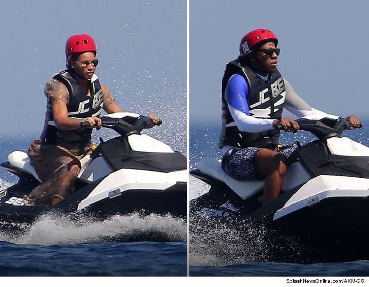 Beyonce & Jay Z Jet Ski in Italy