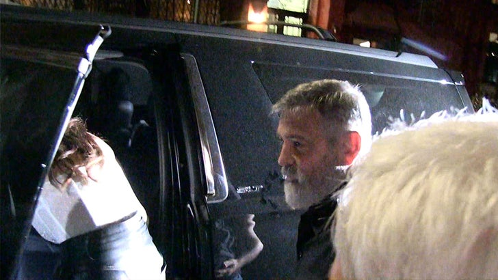 George and Amal out to dinner with Cindy and Rande 70f856f7228e5b898da7b43252316996_md