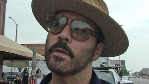 Jeremy Piven's Home Burglarized, Thieves Allegedly Jack $20K in Clothes
