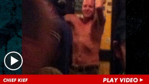 Kiefer Sutherland -- The Best Partier EVER ... Literally