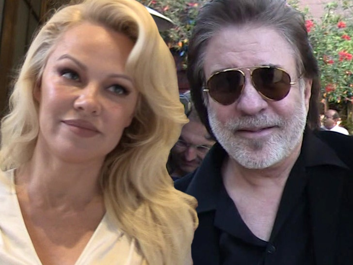 Surprise! Pamela Anderson secretly marries producer Jon Peters