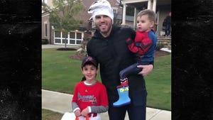 MLB's Freddie Freeman Stops Kid In Freddie Freeman Costume, 'Are You Me?!'