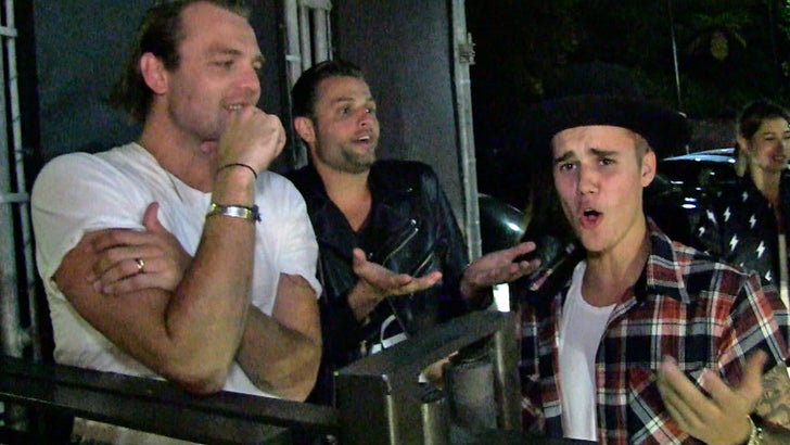 011a47256 Justin Bieber -- I Play Second Banana to My Pastor!!! (VIDEO)