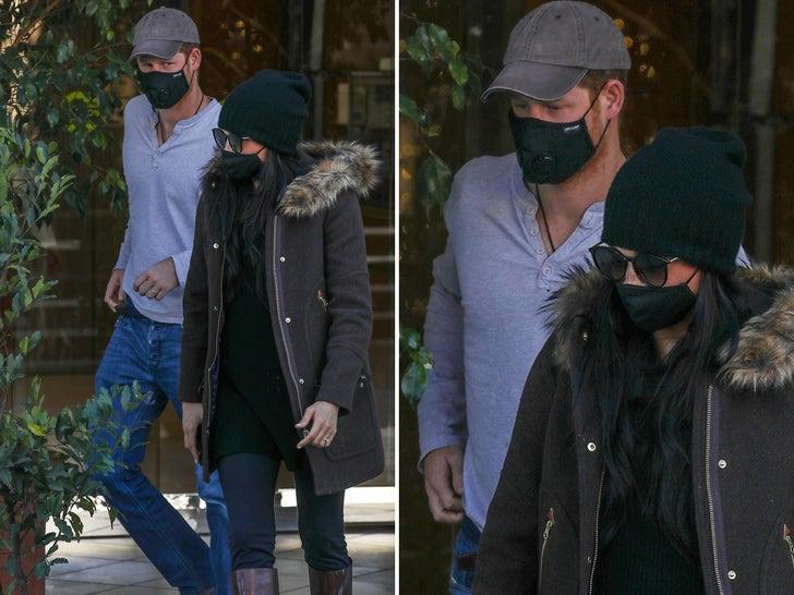 Meghan Markle, Prince Harry Stroll Around Beverly Hills