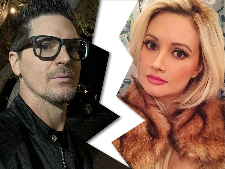 Holly Madison, Zak Bagans Break Up After Almost 2 Years of Dating.jpg