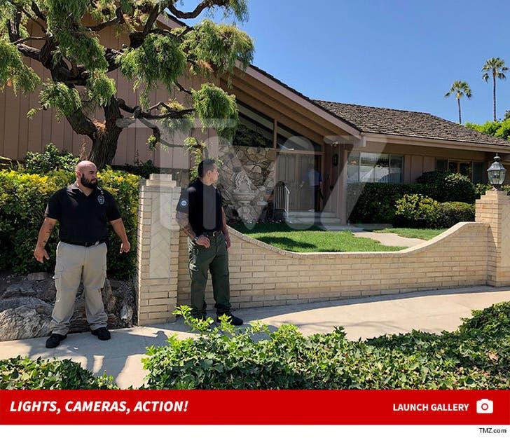 'Brady Bunch' House -- Filming for HGTV