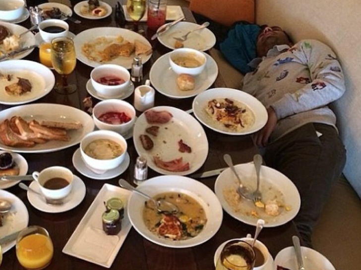 Post-Thanksgiving -- Stars' Food Leftovers!