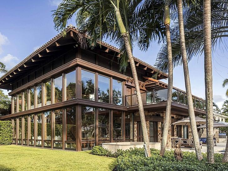Joe Jonas and Sophie Turner's Miami Mansion