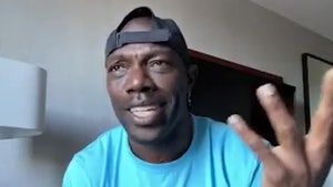 Terrell Owens Says Usain Bolt Would Destroy Tyreek Hill In Race