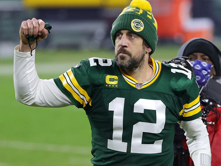 Aaron Rodgers Donates $1 Million to Help Small Businesses in California Hometown.jpg