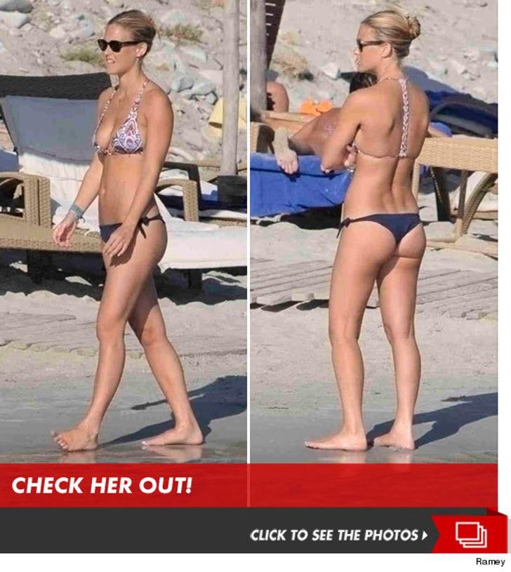 Bar Refaeli -- Bottoms Out in a Bikini