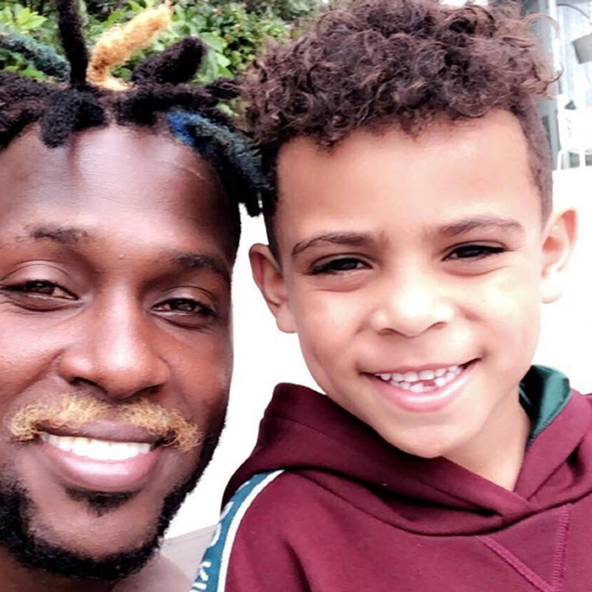 Antonio Brown Debuts Bleached Mustache Look