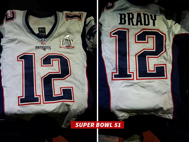 sports shoes 60d35 74700 Tom Brady's SB Jerseys -- PROOF OF LIFE!!! (PHOTOS)